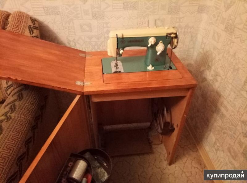 Швейная машинка тумба