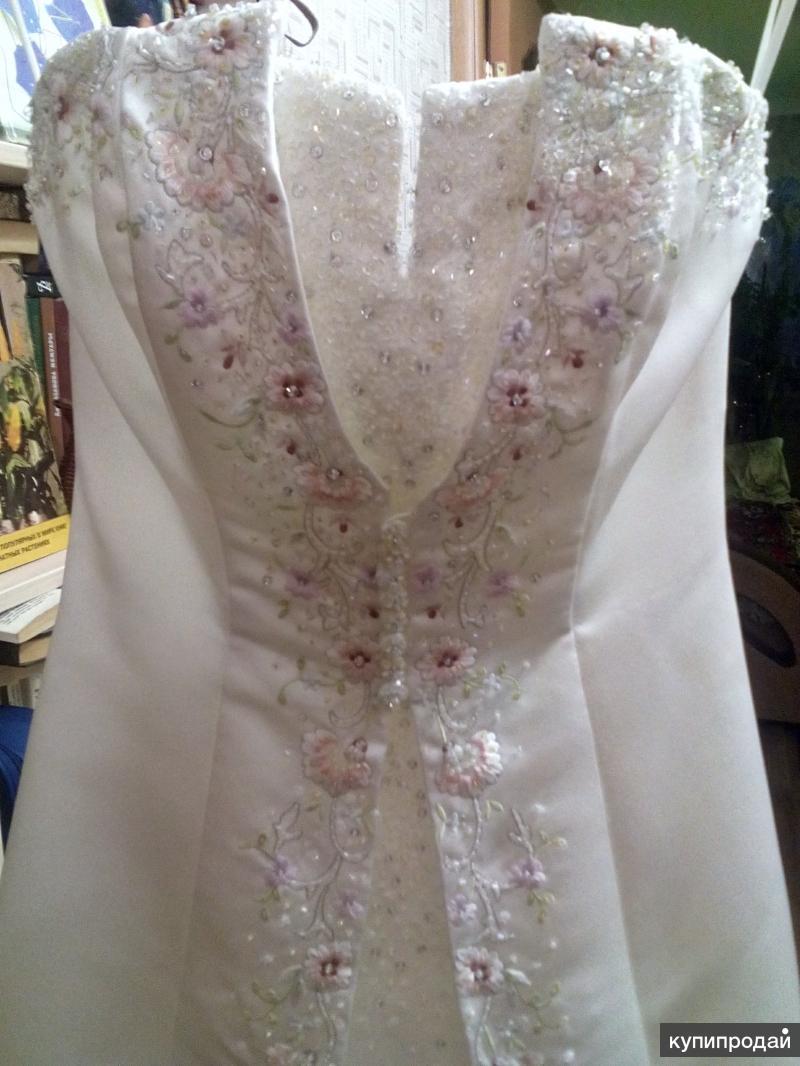 Платье свадебное, р. 40-42
