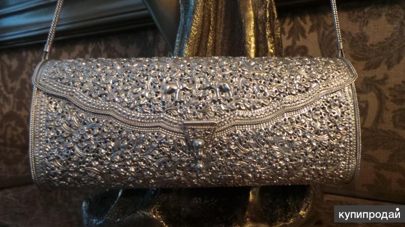 Серебренная сумочка.