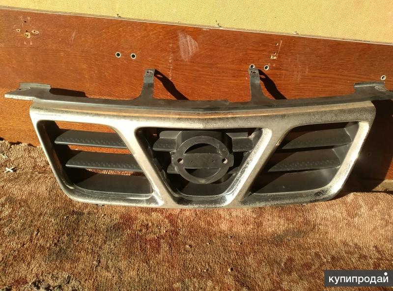 Решетка радиатора Nissan X Treil т30