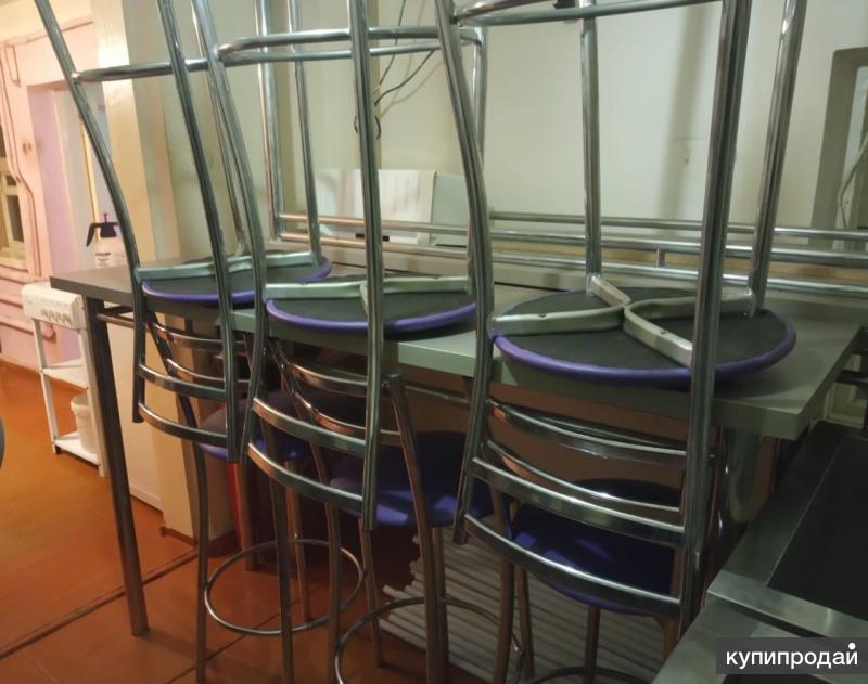 Барные 3 стола и 6 стульев