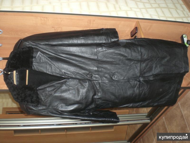 кожаный плащ черный с поддевкой