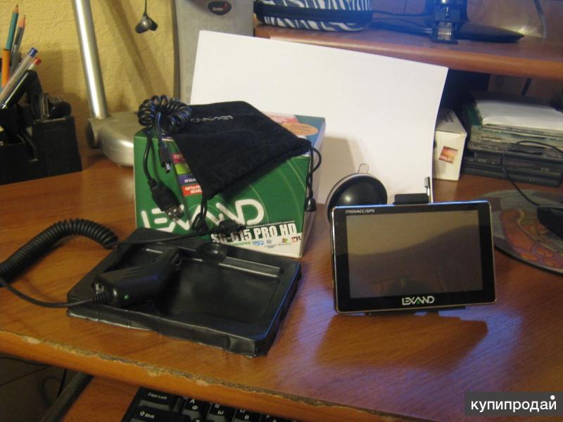 автомобильный навигатор lexand SG-615 PRO HD