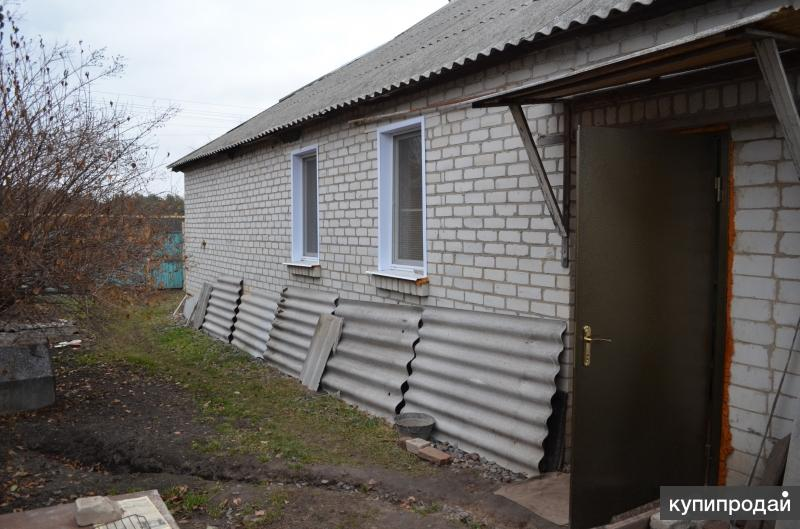 дом в Хомутцах