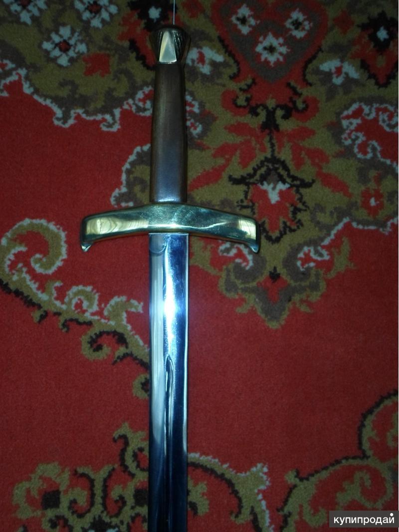 меч со щитом