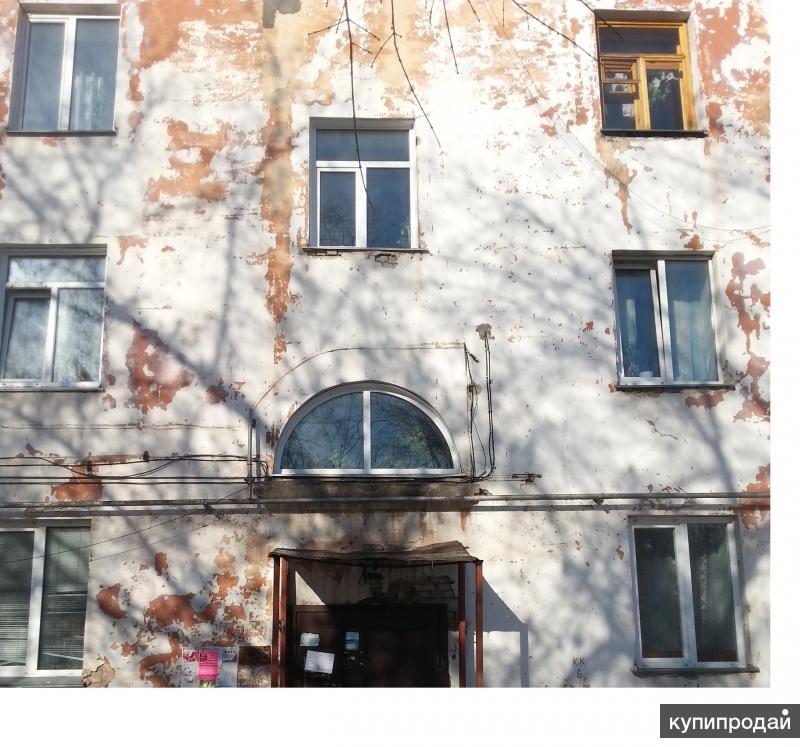 Квартира на 4-м этаже с пластиковыми окнами общей площадью 77,3 кв.м.