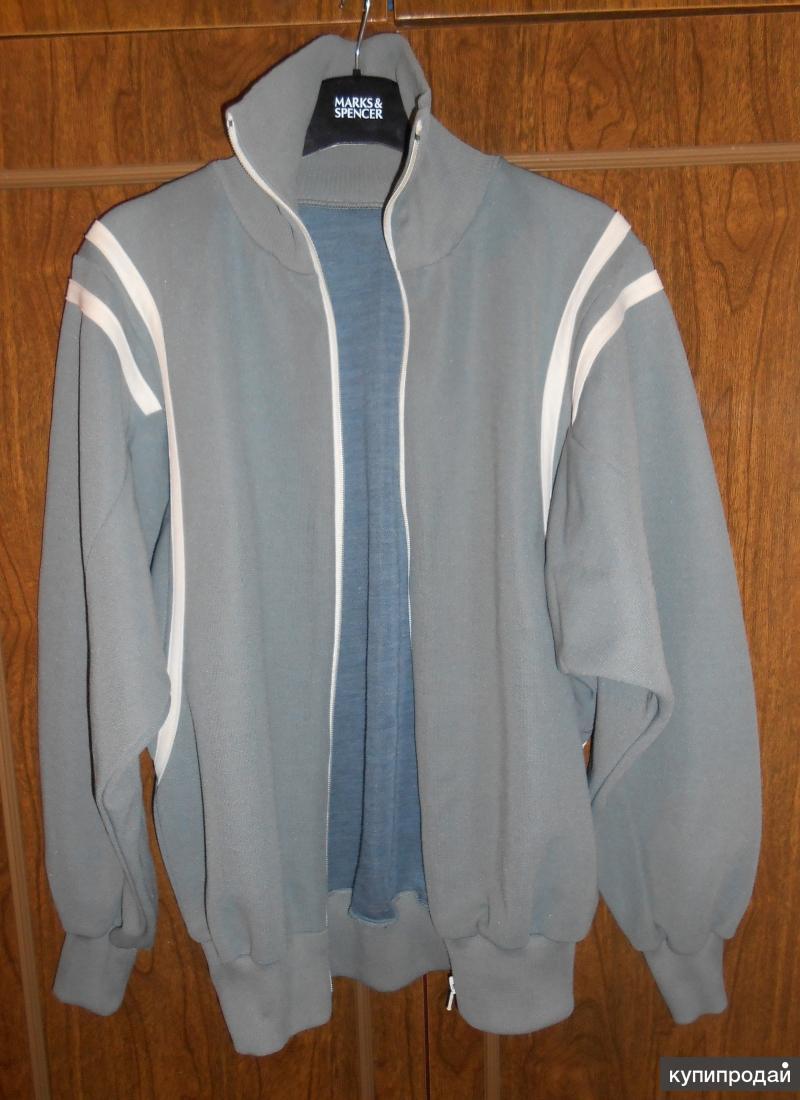 Куртка спортивная молодежная новая