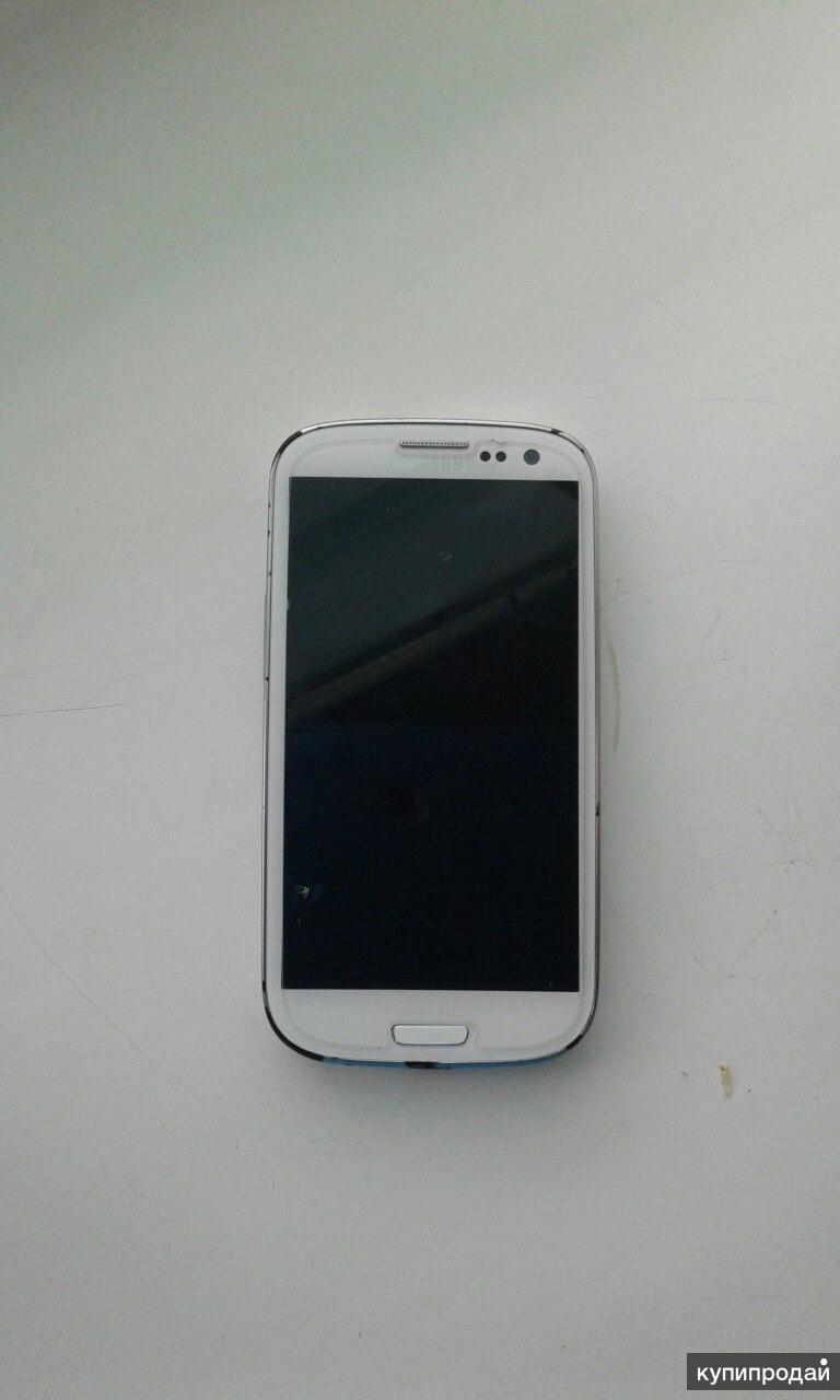 телефон Samsung galaxy s3 белого цвета