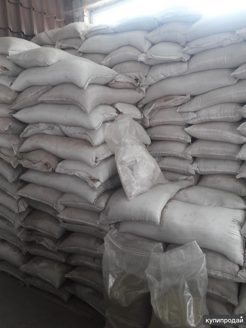 Зерноотходы и корма для с/х животных (и б/у мешки )