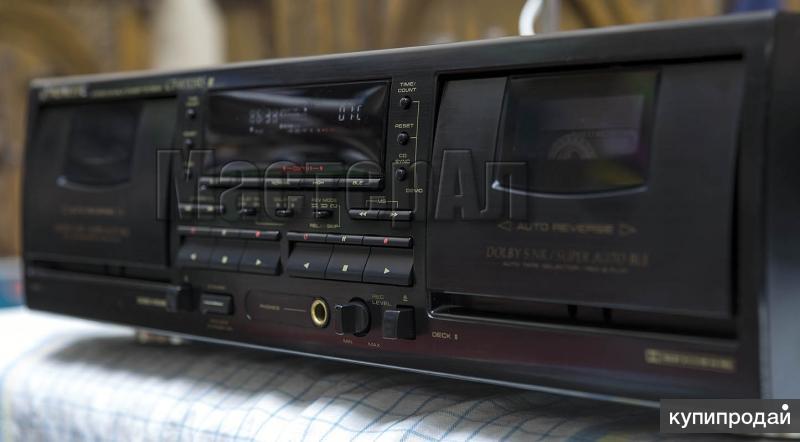 Pioneer CT-W703RS двухкассетная реверсная дека.