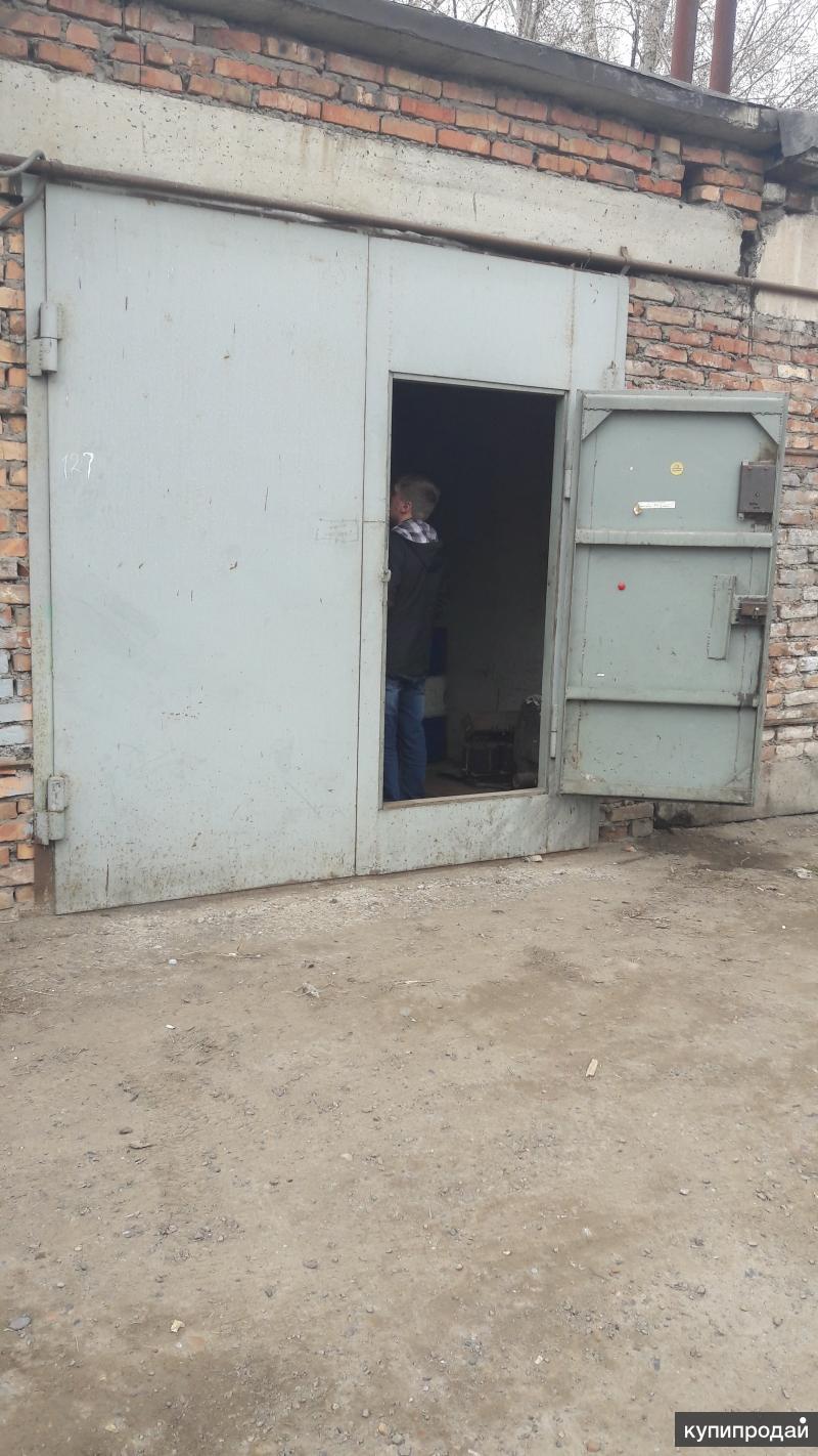Продам Гараж, свет, вода, печка, > 30 м²