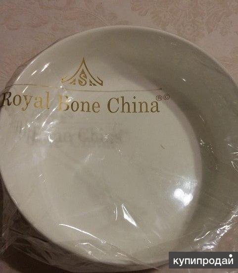 Royal Bone China ( Япония) , салатник диаметром 19 см