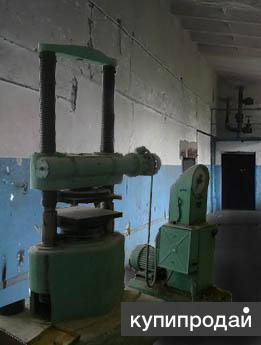 Пресс  лабораторный ПСУ-250  б/у