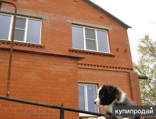 Кирпичный дом с красивым видом и большим участком