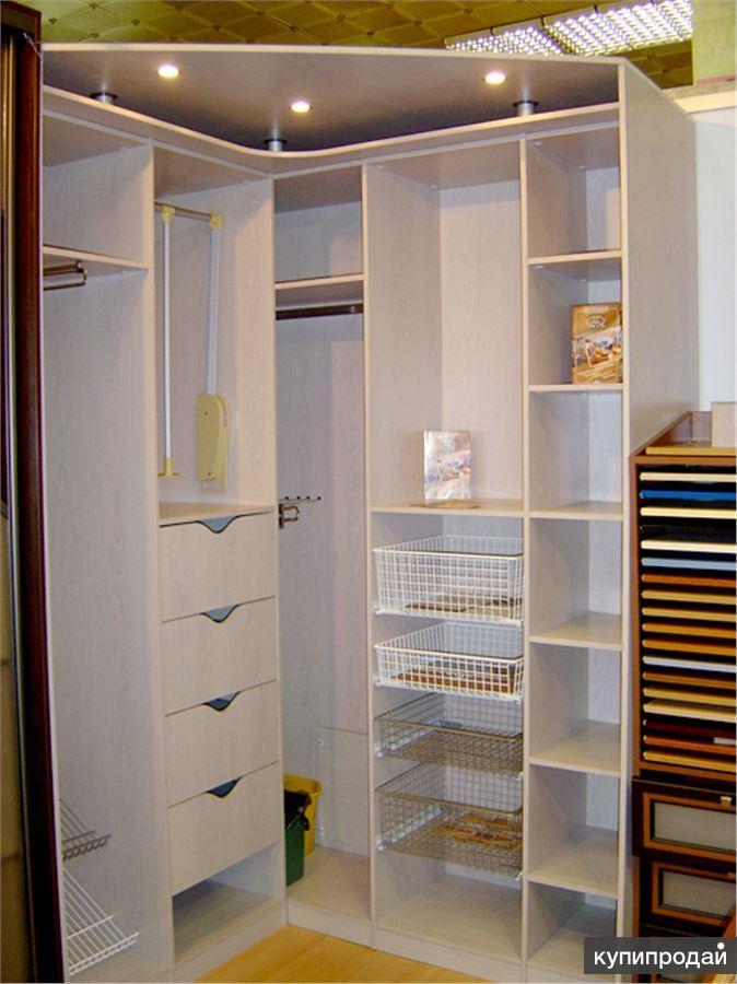 Шкафы-купе на заказ - фото угловых шкафов-купе.