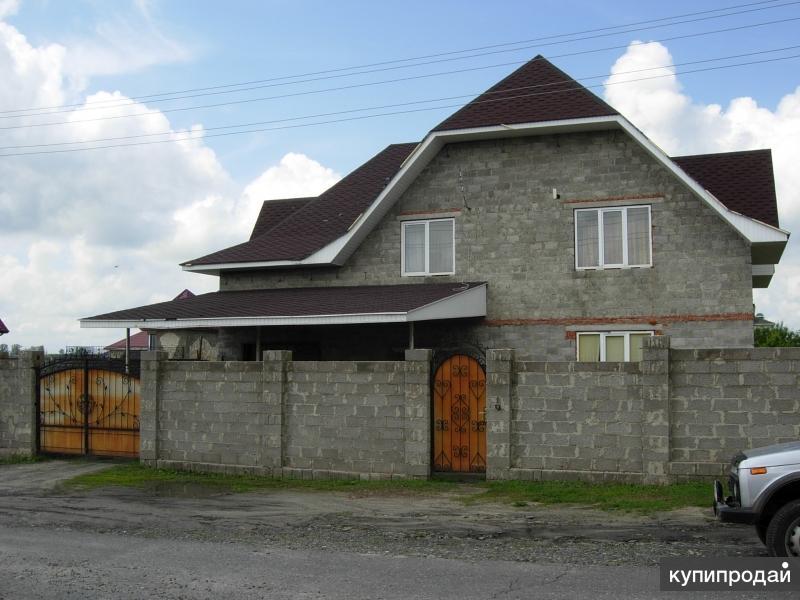 Жилой дом в Дубовом, р-н Сити-Молла, 280 кв.м., 11,5 сот.
