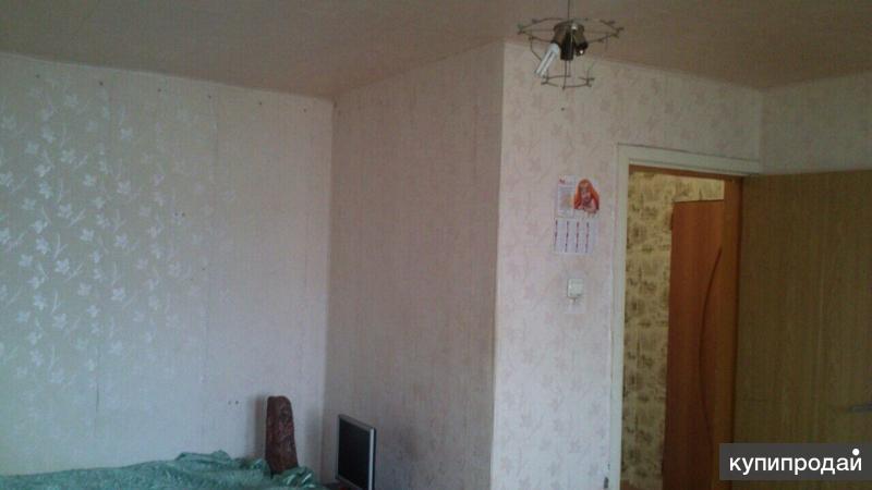 Продается 1комнатная квартира от собственника по адресу пер. Учительский. 5 этаж