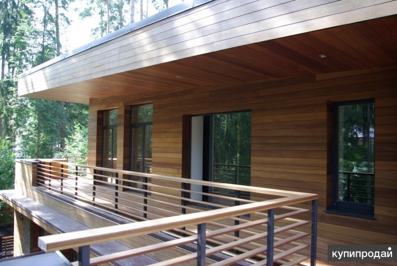 Отделка фасада планкеном из натуральной лиственницы.