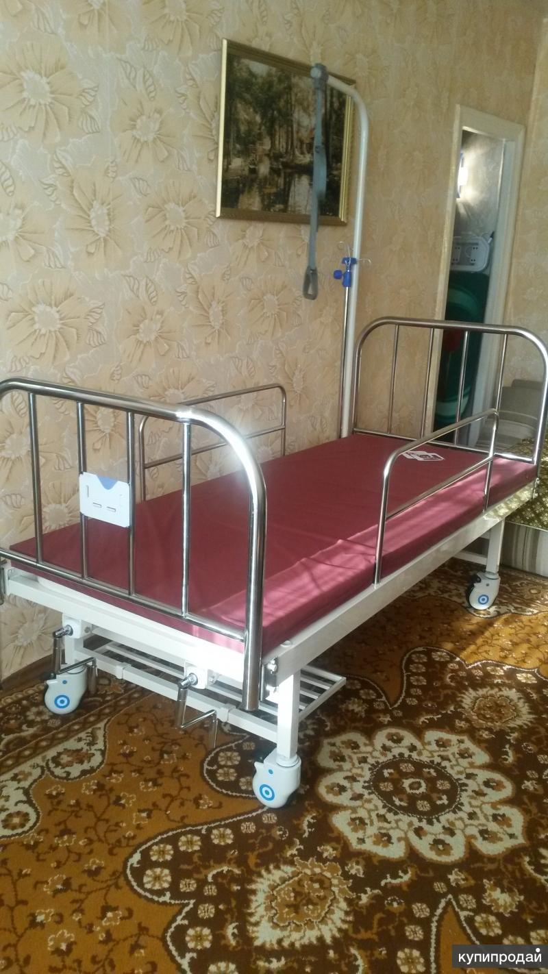 Кровать медицинская для лежачих с противопролежным матрасом