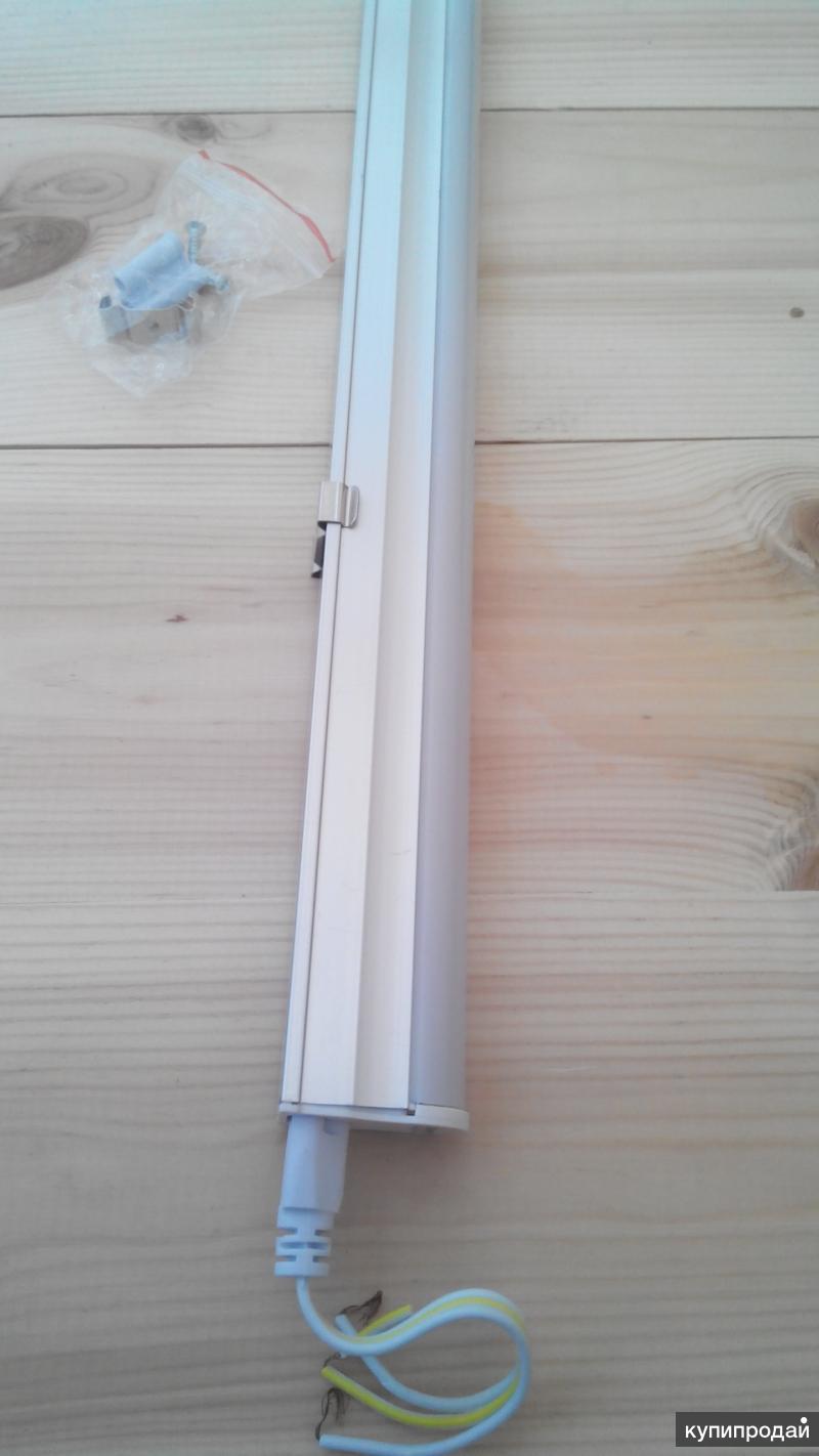 Узкий светодиодный светильник led