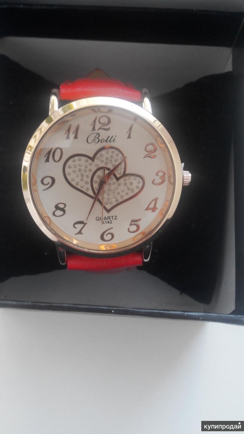 Часы женские с сердечками