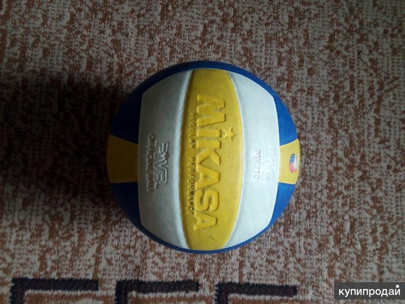 """Волейбольный мяч """"Mikasa MV 210"""""""