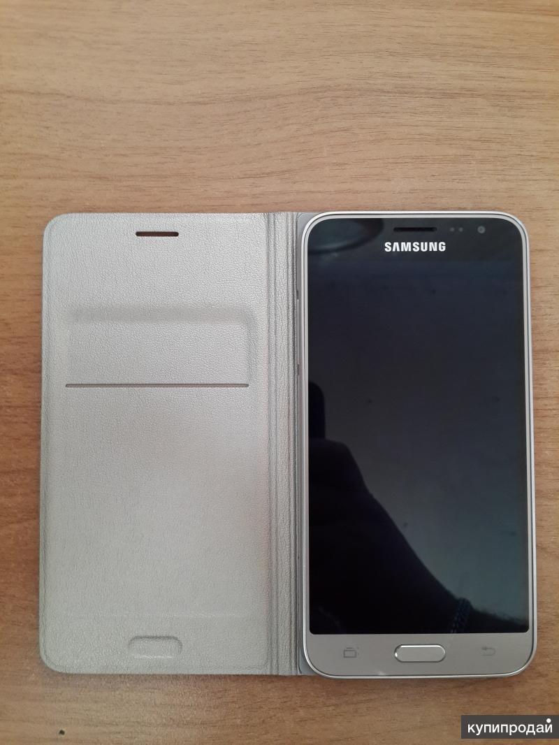 SAMSUNG SM-J320F Galaxy J3