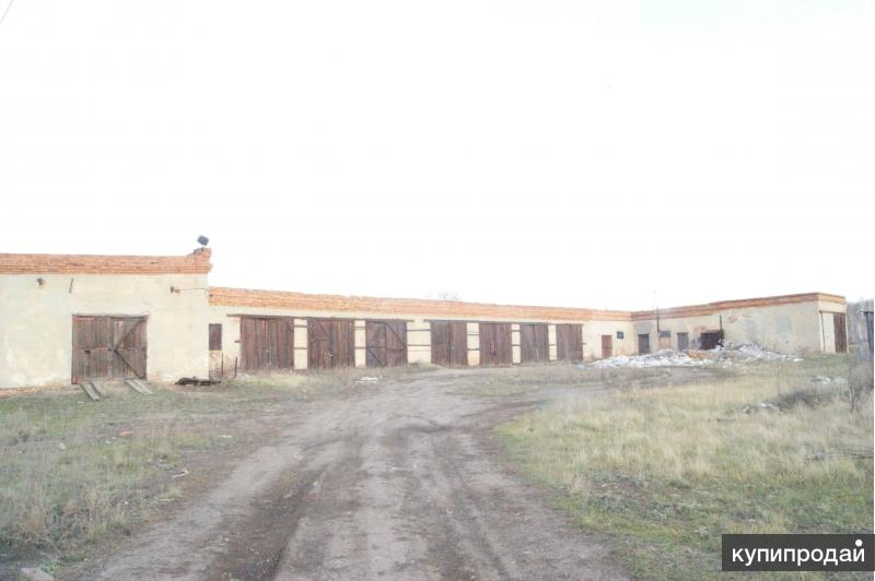 Продам базу с жилыми домами 1100 м2