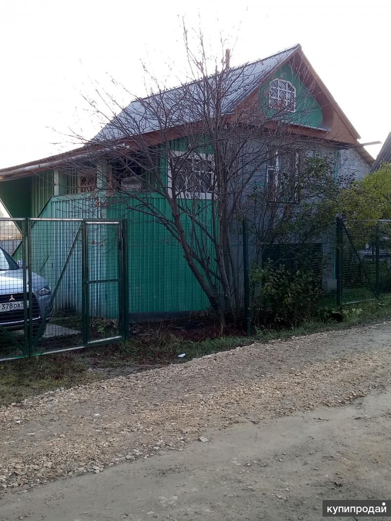 Продается участок с домом и т.д..