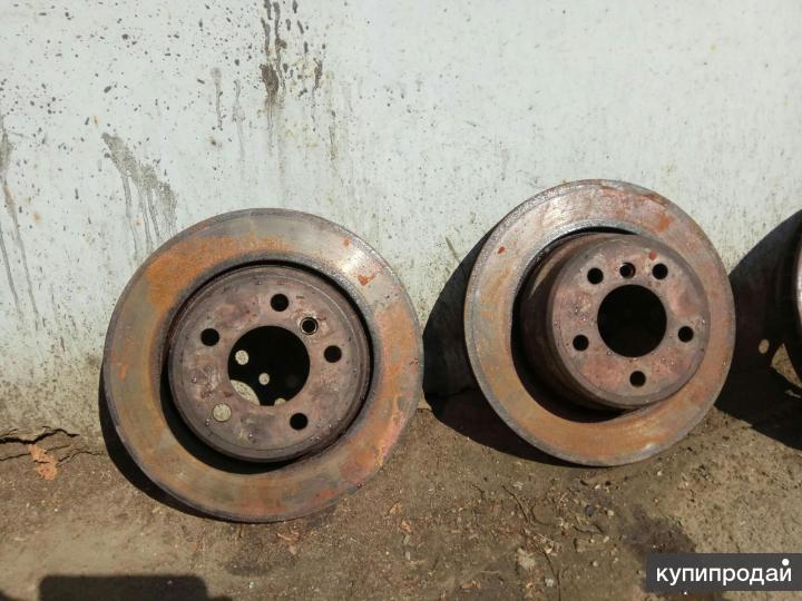 Диски тормозные задние комплект БМВ X5 E53 дв. 4.4л износ минимальный