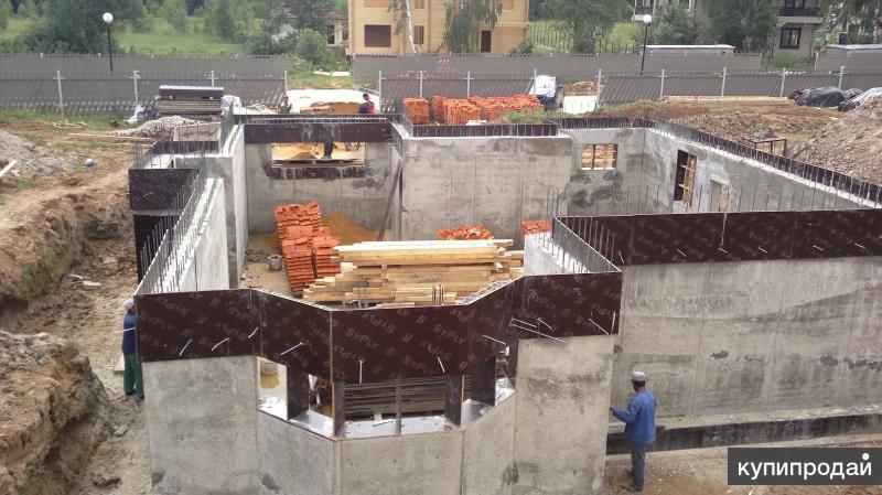 Строительство цокольных этажей.