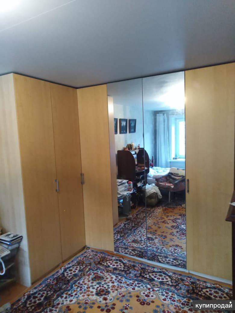 Распашные шкафы IKEA