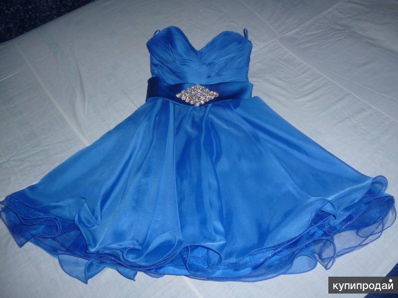 Продаются два красивых вечерних платья