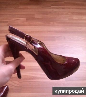 Лакированные туфли от Валентина Юдашкина