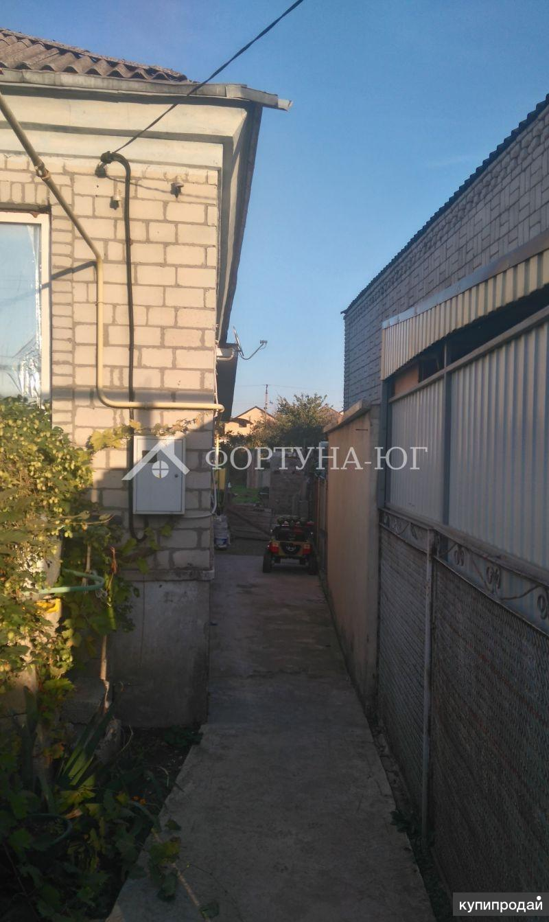 Продается 1/2 часть дома в собственности в станице Анапской.