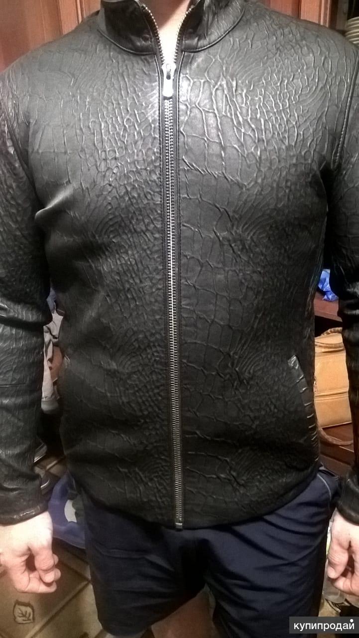 Продам новую мужскую летнюю кожаную куртку