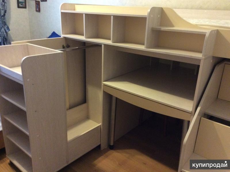 Кровать чердак с рабочим местом + ортопедический матрац+ шкаф
