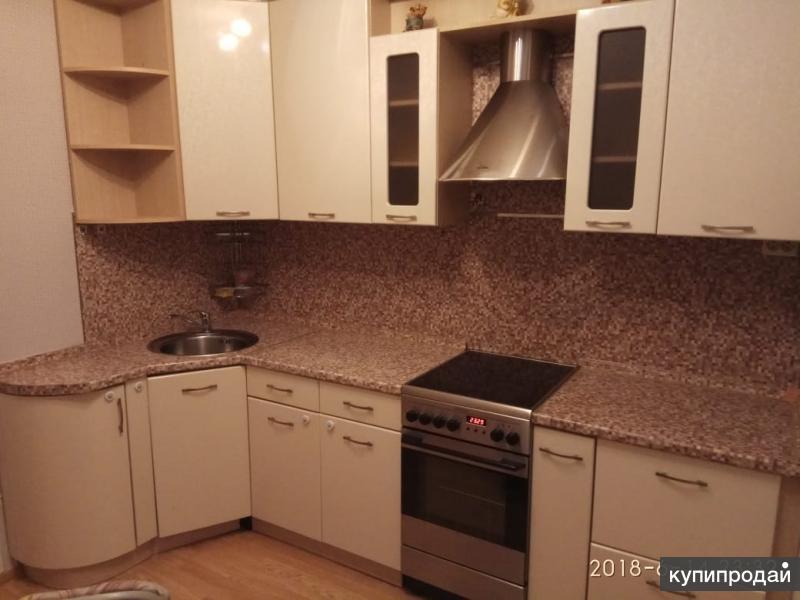 Продаю срочно кухню в связи с переездом