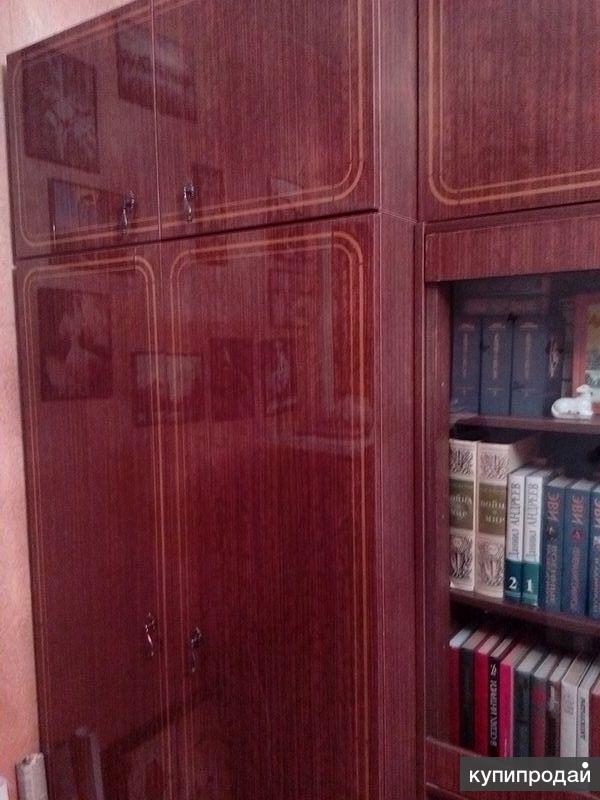 Мебельная стенка ( 5 шкафов)