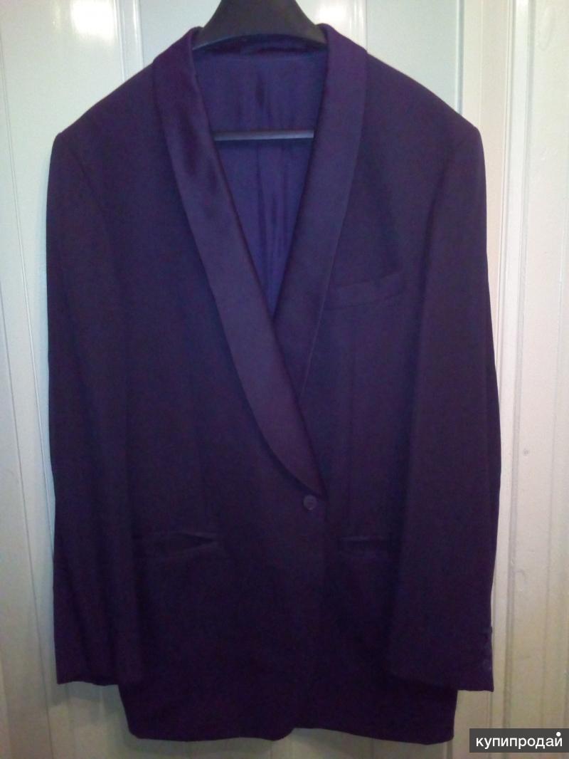 Продаю мужской костюм (смокинг)