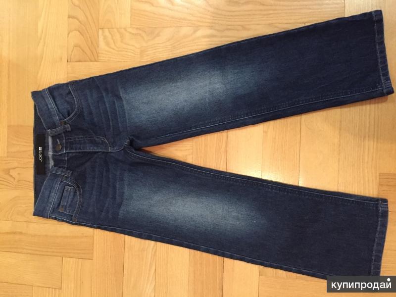 Джинсовые брюки  на мальчика 116-122