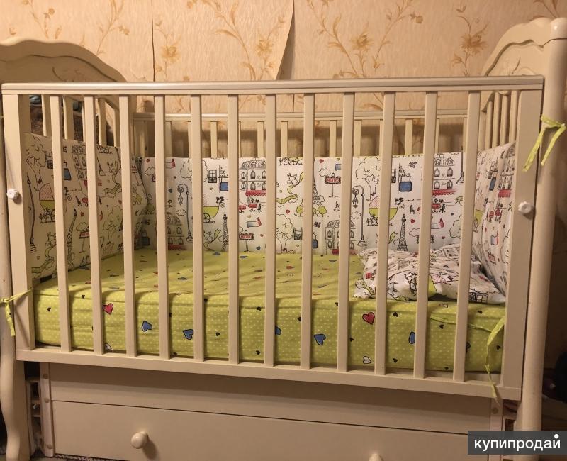 Кроватка Гандылян с комодом