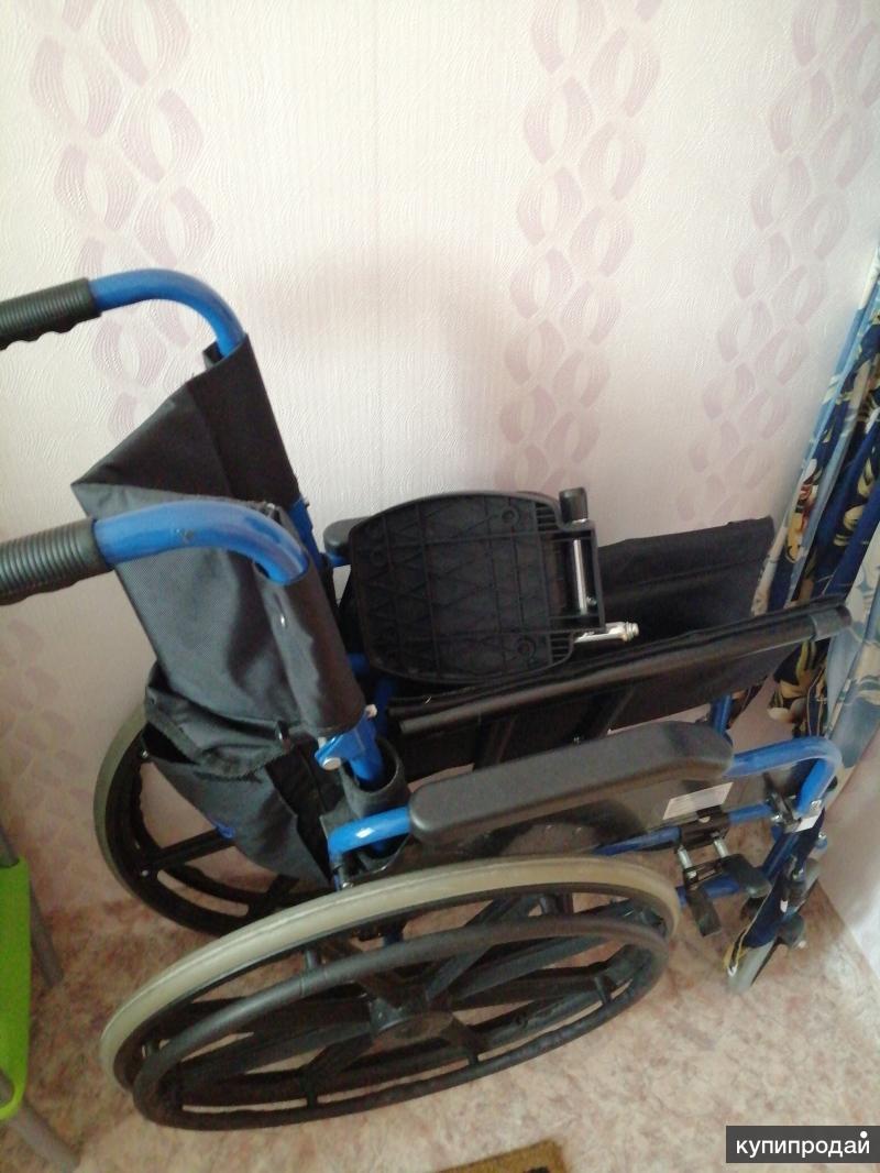 Инвалидная коляска, б/у в хорошем состоянии
