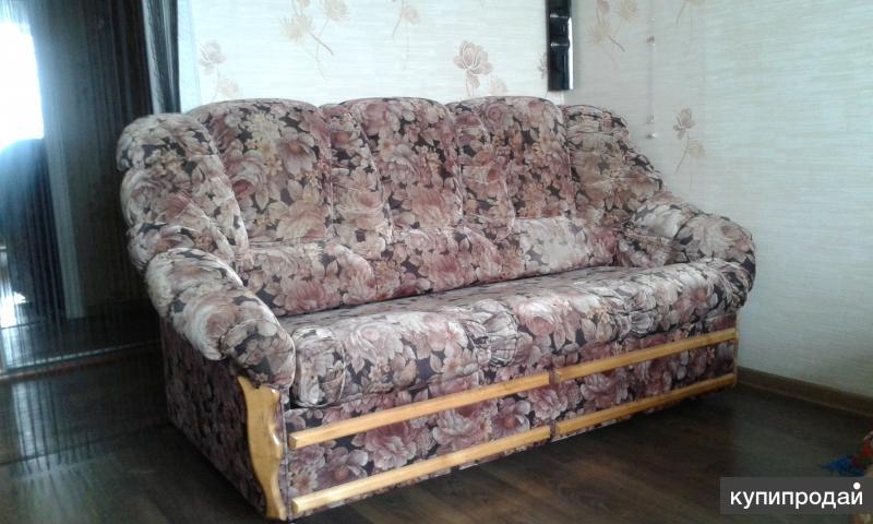 Диваны (набор мягкой мебели)