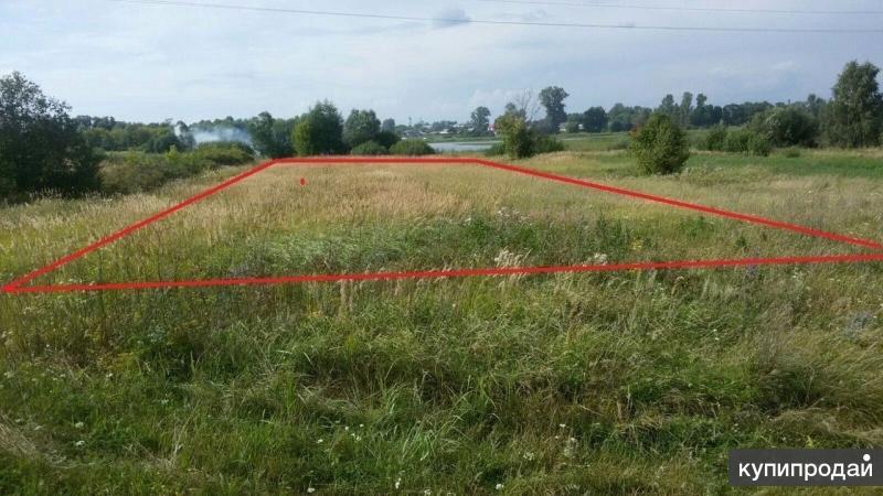 Земельный участок под строительство дома.
