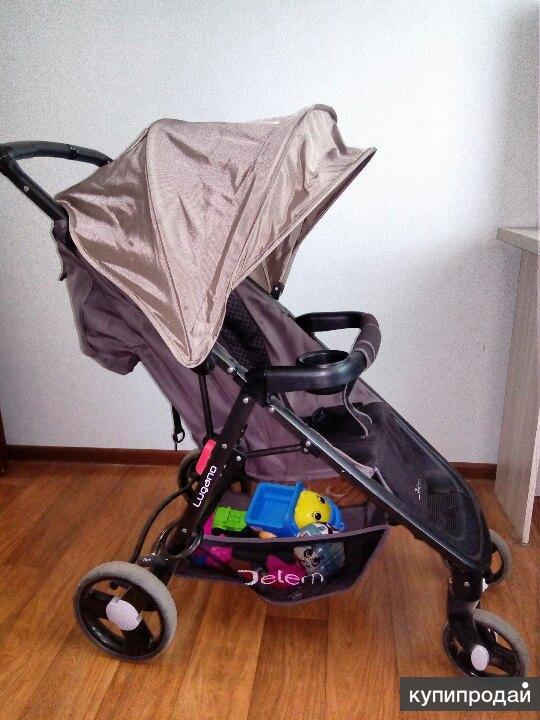продается прогулочная коляскаJetem