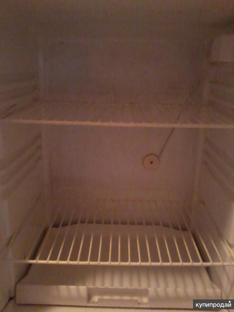 Продаю холодильник б-У 3-х камерный СТИНОЛ