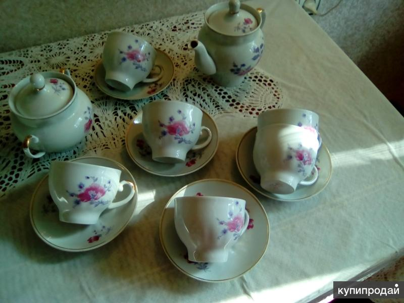 чайный  фарфоровый сервиз на 6 персон