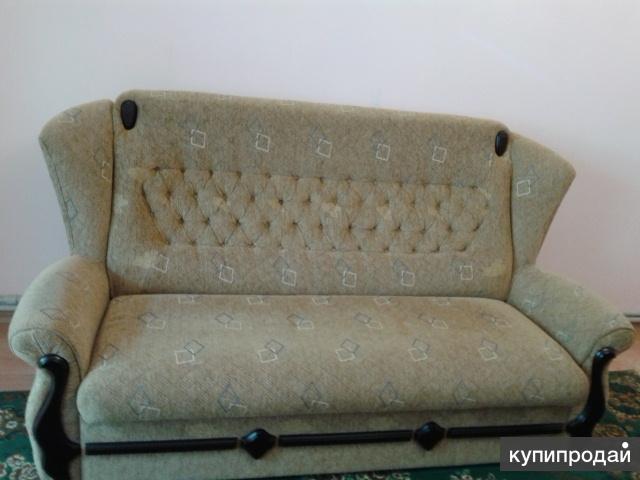 Продам диван б/у в Гурзуфе