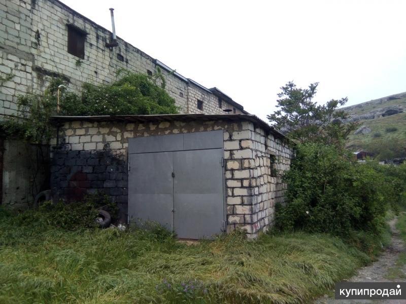 Каменный гараж 52кв.м